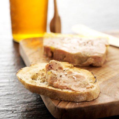 Foie gras terrine er blød, fyldig og med en bred og fantastisk smag, og Jørgen Leth holder meget af den. Opskrift af Maria Faarvang og foto af Nicolai Mørk / Kam.